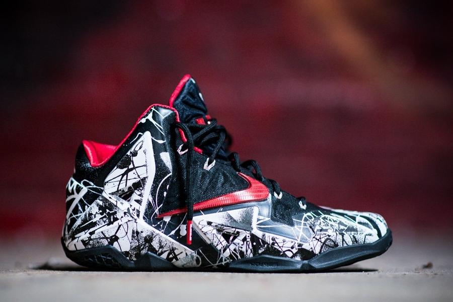 reputable site 88dee 7867a Nike LeBron 11