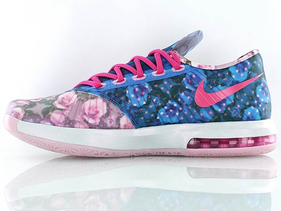 """The """"Aunt Pearl"""" Nike KD 6 Goes Full Floral - SneakerNews.com"""