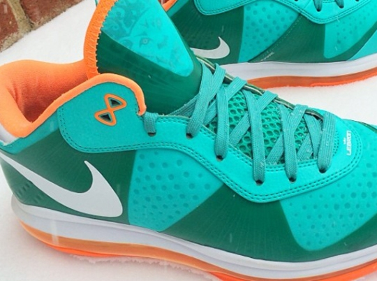 """Nike LeBron 8 Low """"Dolphins"""" Sample"""