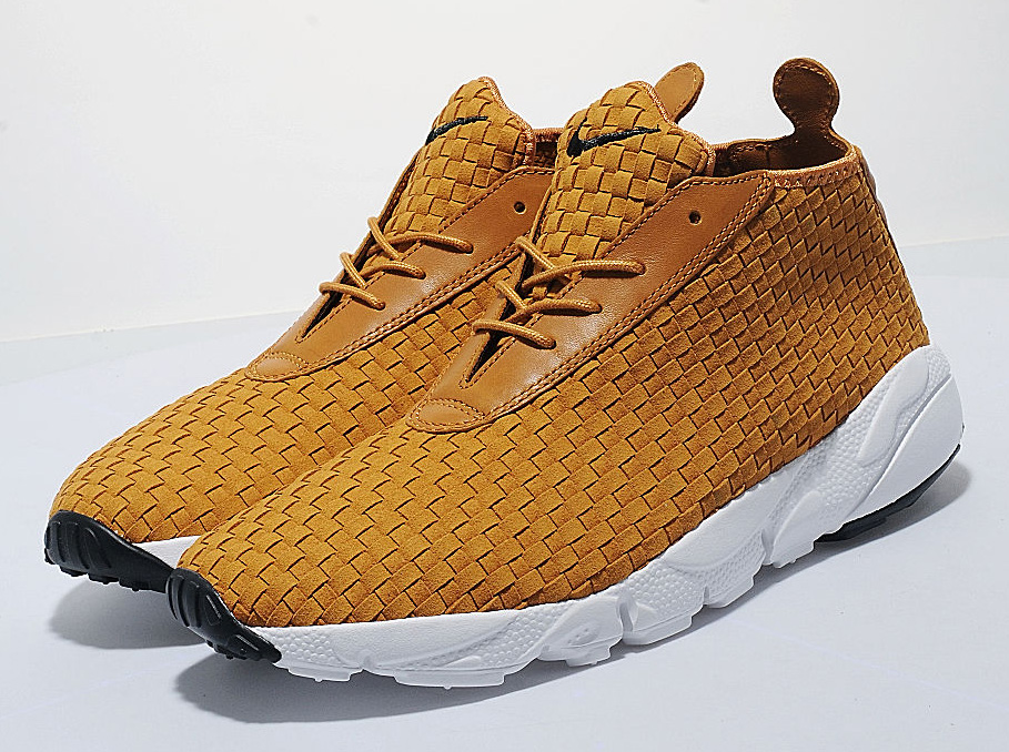 Nike AIr Footscape Woven Desert Chukka - SneakerNews.com