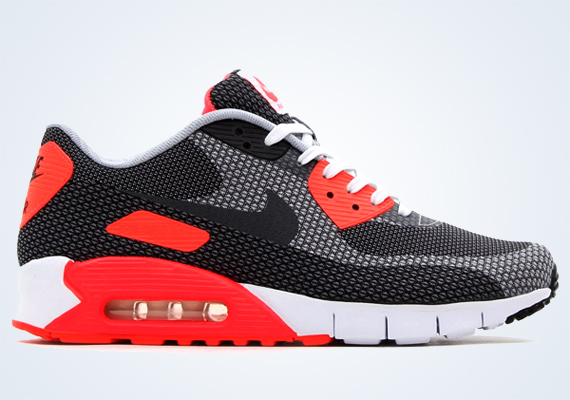 ... out the gate on the Lunar edition and of course only a matter of time before the iconic Infrared original colorway made its way onto the Nike Air Max 90 ...