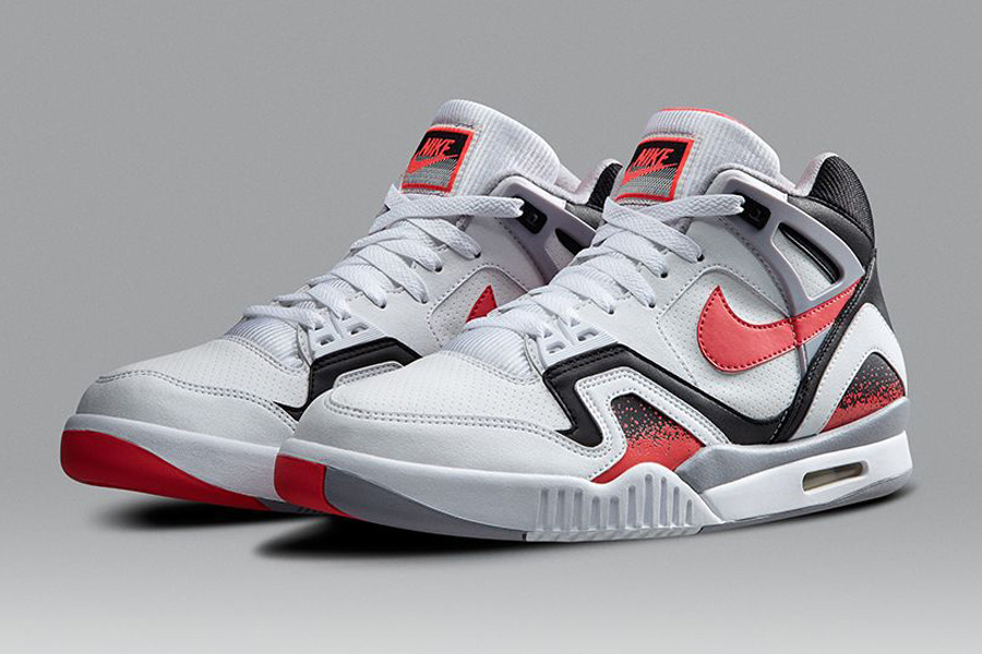 low priced 2480f 130a8 Irreverence Justified The Cultural History of the Nike Air Tech Challenge  II - SneakerNews.com