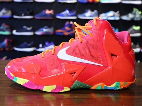 Nike LeBron 11 GS - Laser Crimson - White - Pink Foil ...