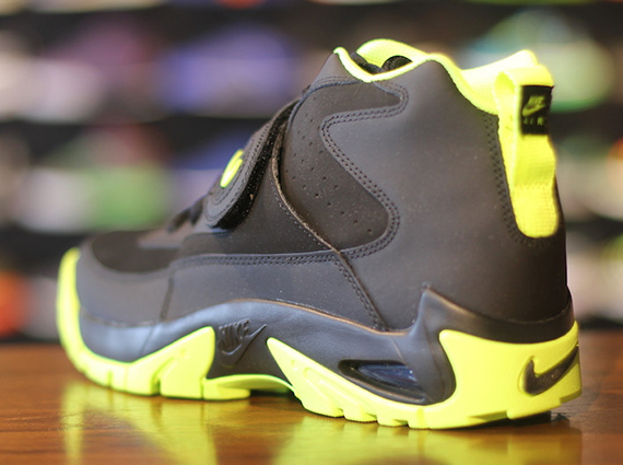 separation shoes 2a188 b0080 Nike Air Mission – Black – Volt   Arriving at Retailers