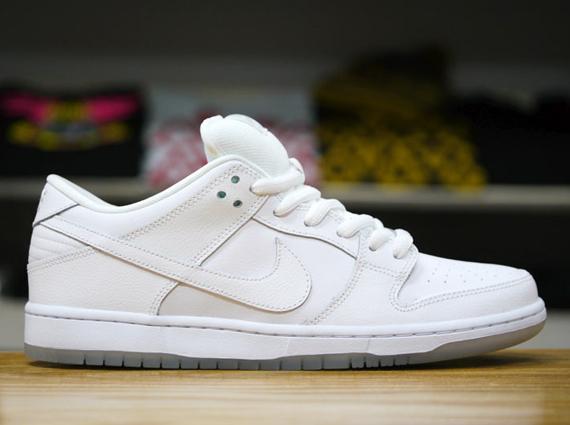 buy online 8b43b fee57 Nike SB Dunk Low - Almost A