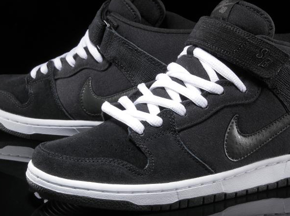 the latest 6f1ca 66581 Advertisement. This new Nike SB Dunk Mid ...