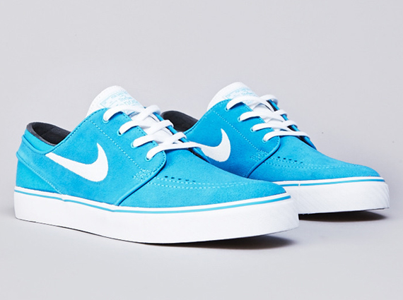 12077002d769 ... shopping the latest nike sb zoom stefan janoski colorway shows us how  small changes can make