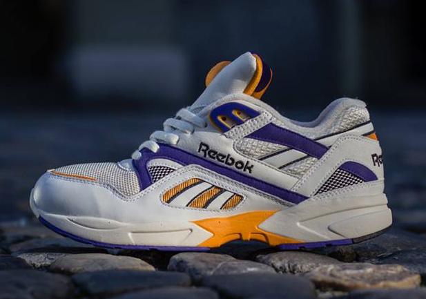 Reebok Pump Graphlite - SneakerNews.com f5ad72c6c