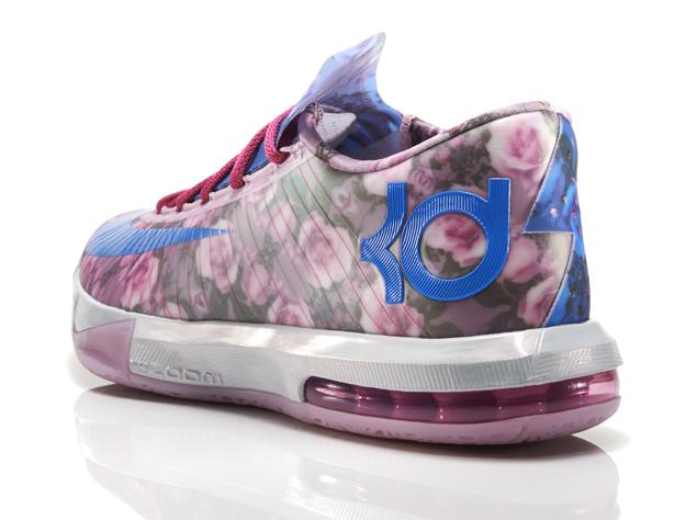 "Nike KD 6 ""Aunt Pearl"" - Release Reminder - SneakerNews.com"