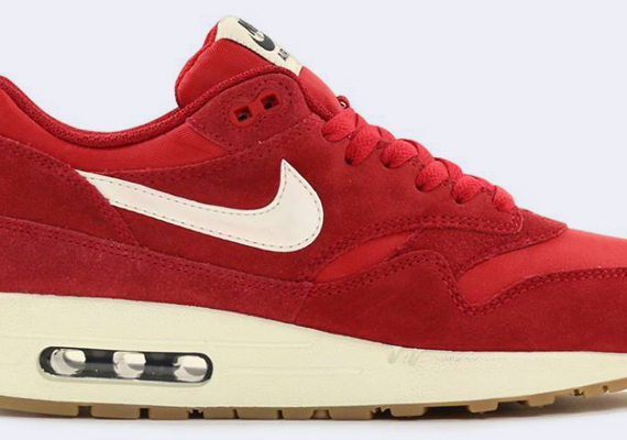 Coca Ananiver afijo  cheap nike air max invigor shoes for women size Essential - Red - Gum -  Pochta