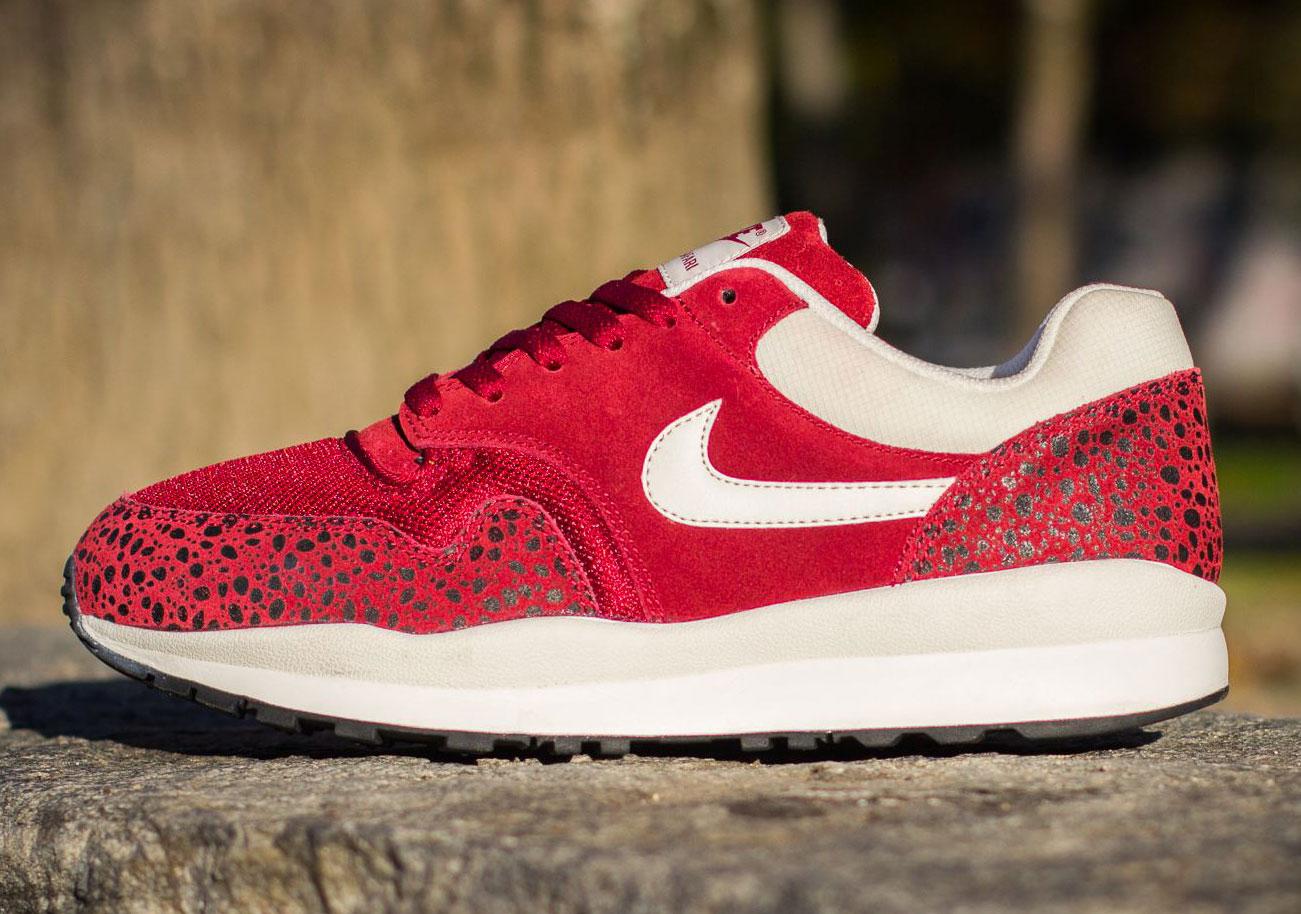 Nike Air Safari Team Red White