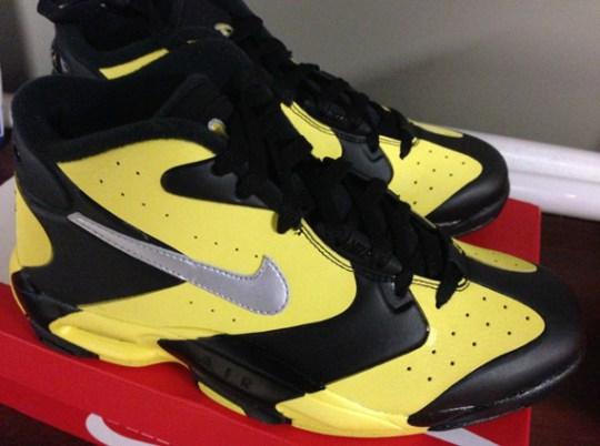 Nike Air Up '14 – Black – Metallic Silver – Yellow Strike