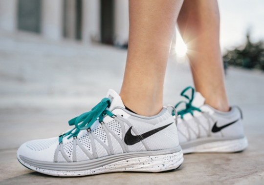 """Nike Women's """"Running DC"""" Collection"""
