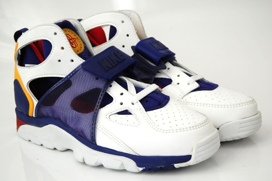 What Are Nike Huarache Shoes Made Out Of
