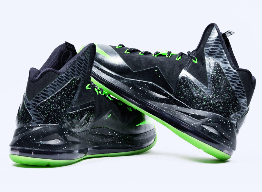 LeBron James was one of a select few athletes with serious connections who  got a pair of the coveted  Oregon  Air Jordan Vs. LeBron has been varying  up his ... b7874017dd