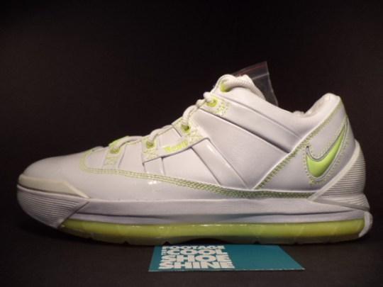 "Nike LeBron 3 Low ""White/Volt"" – Sample on eBay"