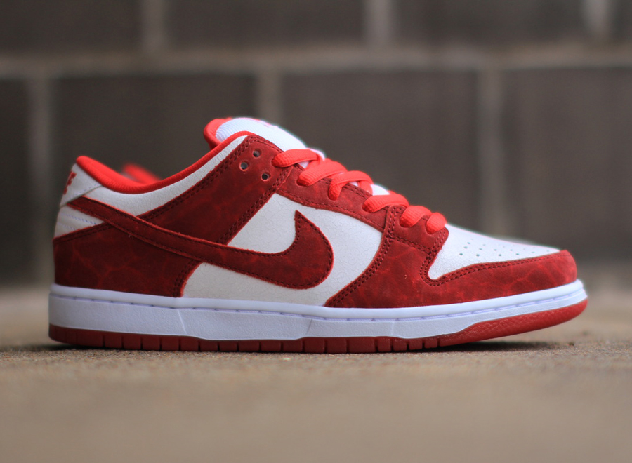 Nike Sb Dunk Low Quot Valentines Day Quot Sneakernews Com