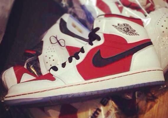 air jordan retro 1 red and white