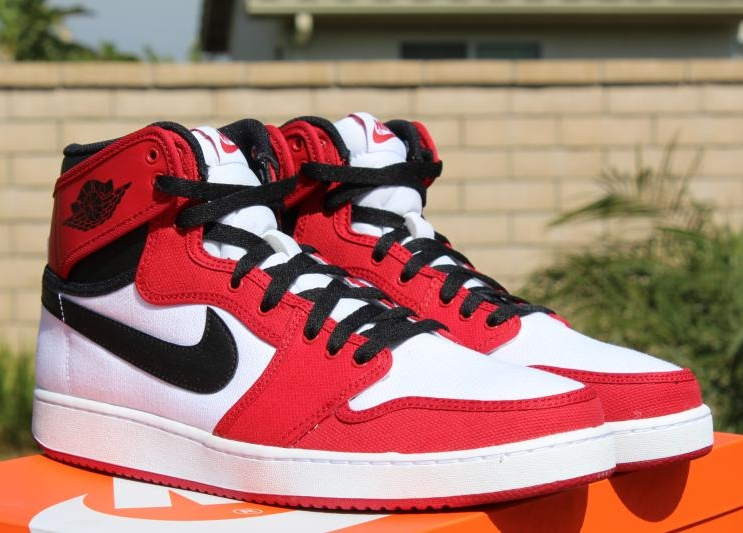 "Air Jordan 1 Retro KO High ""Chicago"" – Available Early on eBay"
