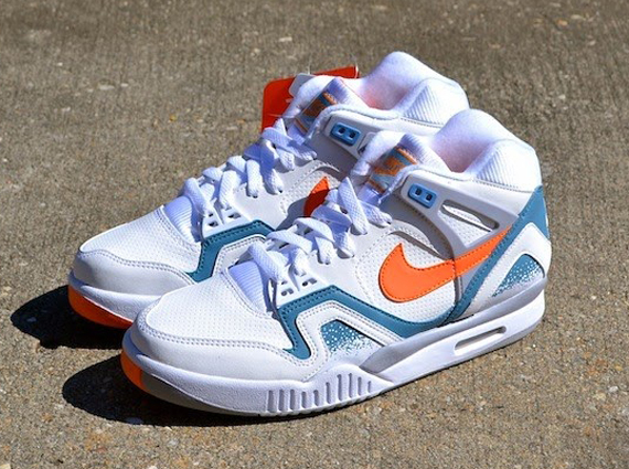 Nike air tech challenge ii clay blue arriving at retailers - Nike air tech challenge ...