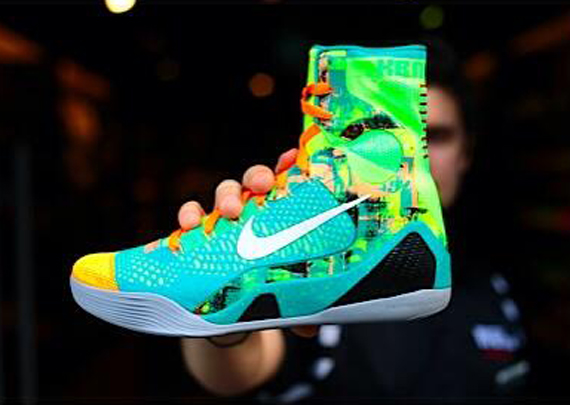 hot sale online 39702 06972 The Nike Kobe 9 Elite isnt done just yet. Sure the Nike Kobe 9 EM that  transitions the model to low mode released this weekend, but it seems like  the two ...