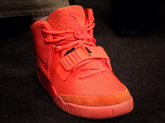 how to tell if yeezy 2 red october are fake