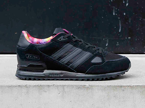 buy popular 050ff 94de7 MATSU x adidas Originals ZX 700