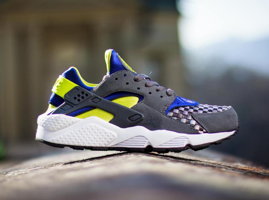 Nike Air Huarache - Dark Grey - Venom Green - SneakerNews.com