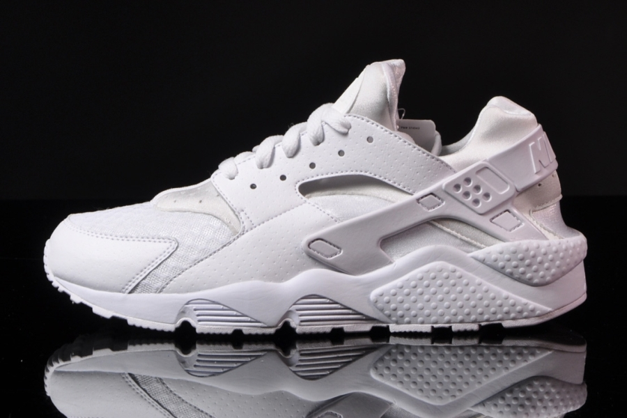 Nike Air Huarache Quot All White Quot Sneakernews Com