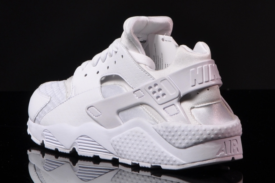 nike air max huarache all white