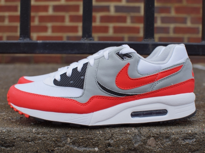 more photos d3257 45d23 Nike Air Max Light Essential