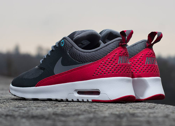 Nike Air Max Thea Mens Black Red