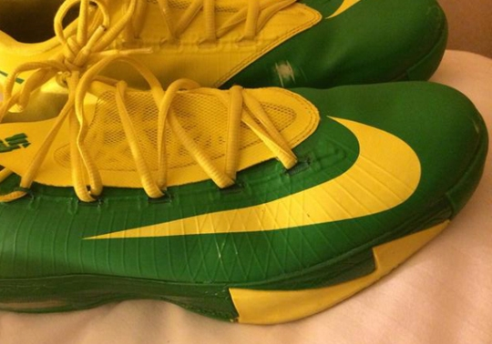 "Nike KD 6 ""Oregon Ducks"" PE for March Madness"