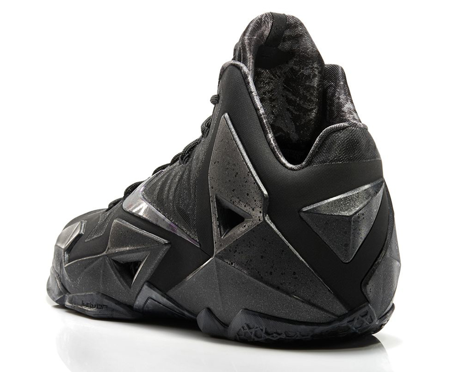 6deeb0bbb25 ... Nike LeBron 11. Color BlackMulti-Anthracite Style Code 616175-090.