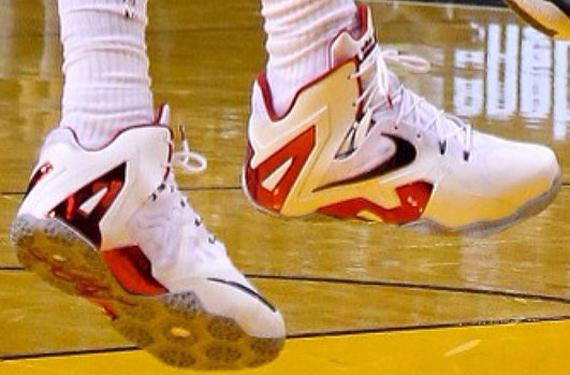 e7ad90a4b2dd Nike LeBron 11 Elite