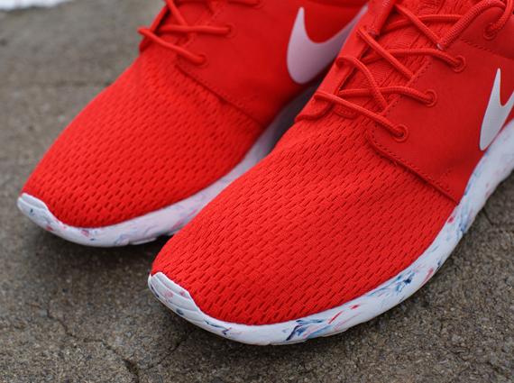 a681722e1be2 Nike Roshe Run