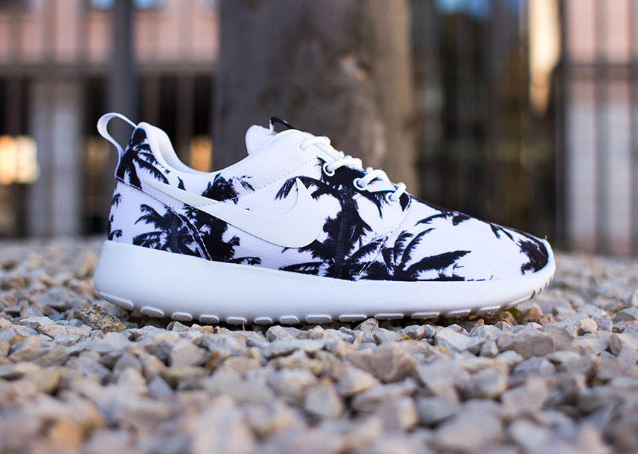 check out f3ff0 91fc2 Nike Roshe Run