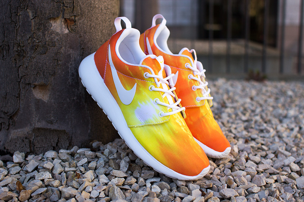 newest 620f4 bdd7d ... Sunset Exclusive Trainers Mens Nike Roshe Run ...