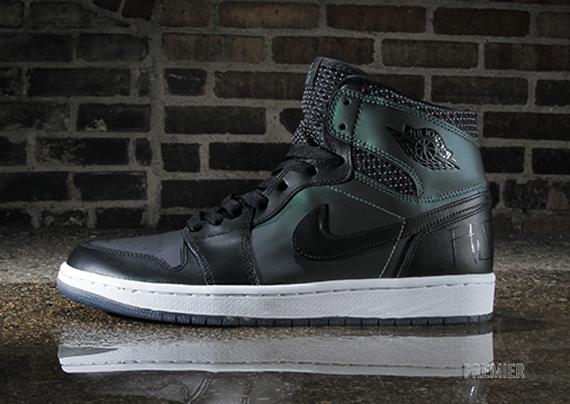 Nike SB Air Jordan 1 - Arriving at Retailers - SneakerNews.com b875b7cd7