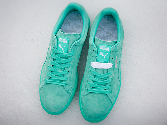 Between the current popularity of all-over colorways and mint color ways 4f470926a