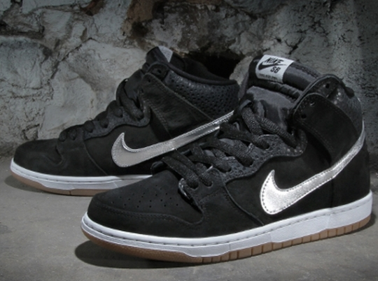 "Nigel Sylvester x Nike SB Dunk High ""S.O.M.P."" – Arriving at Retailers"