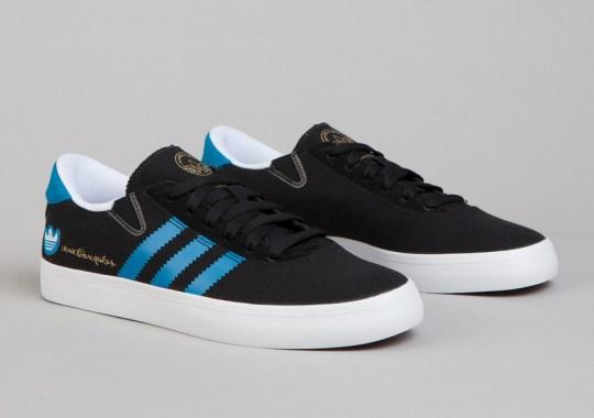 adidas Gonz Pro – Black – Solar Blue