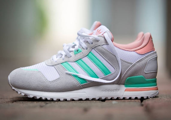 adidas zx 700 women 39 s grey turquoise. Black Bedroom Furniture Sets. Home Design Ideas