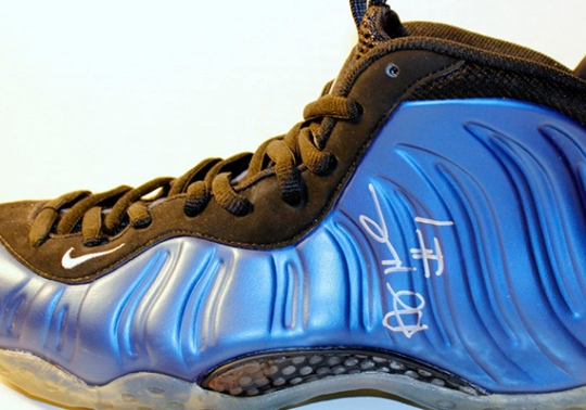 """Nike Air Foamposite One """"Royal"""" – Autographed by Penny Hardaway"""