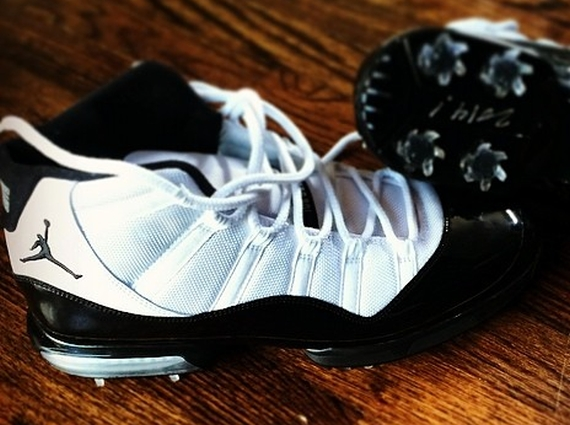 air-jordan-11-concord-golf-spike.jpg