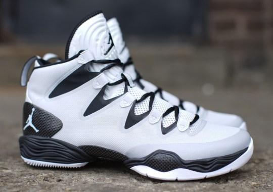 "Air Jordan XX8 SE ""Pure Platinum"""