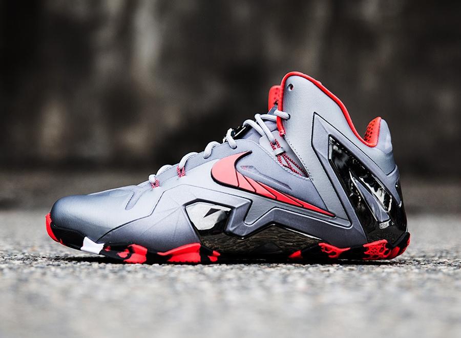 """Team"" Nike LeBron 11 Elite - SneakerNews.com"