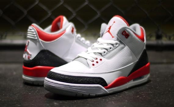 Foot Locker To Restock Air Jordan Retros On April 19th