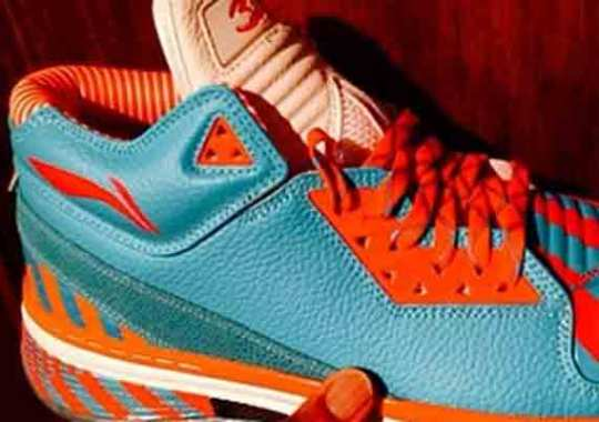 "Li-Ning Way of Wade 2 ""Dolphins"" Pack"