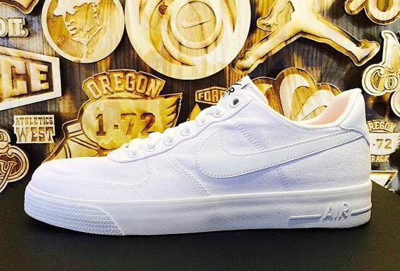 Nike Air Force 1 AC Goes